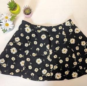 Daisy Skirt - Size M